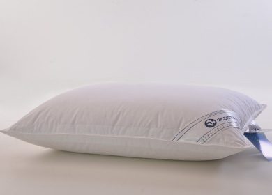3 chamber pillow with goose down and feather filling